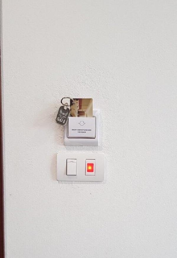 Hình ảnh công thẻ từ khách sạn